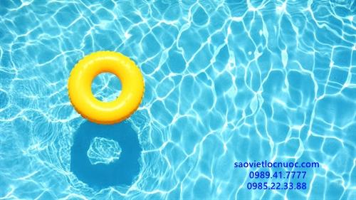 hướng dẫn sử dụng phèn nhôm làm trong nước bể bơi