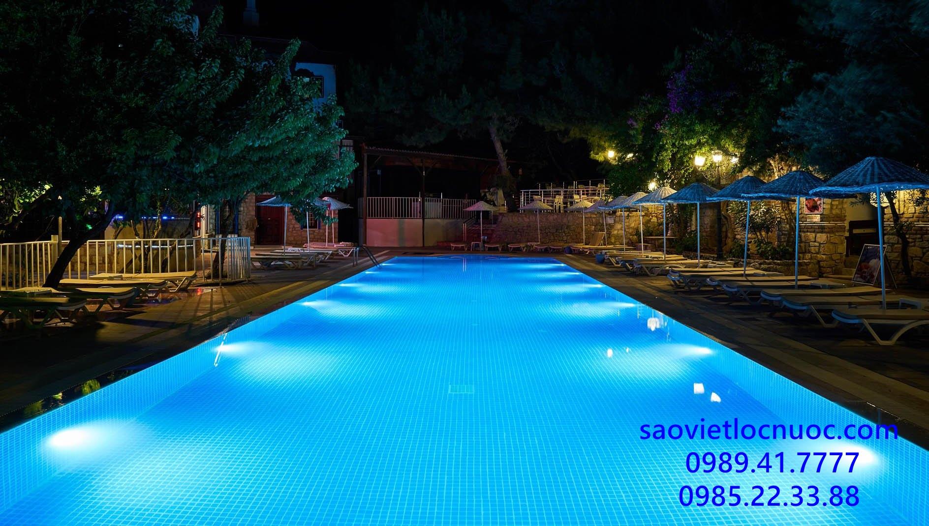 Hồ bơi cần bao nhiêu đèn bể bơi - Cách tính số lượng đèn bể bơi