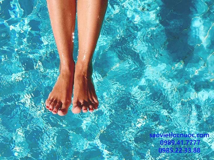Triệu chứng phát ban sau khi bơi do clo và cách phòng ngừa