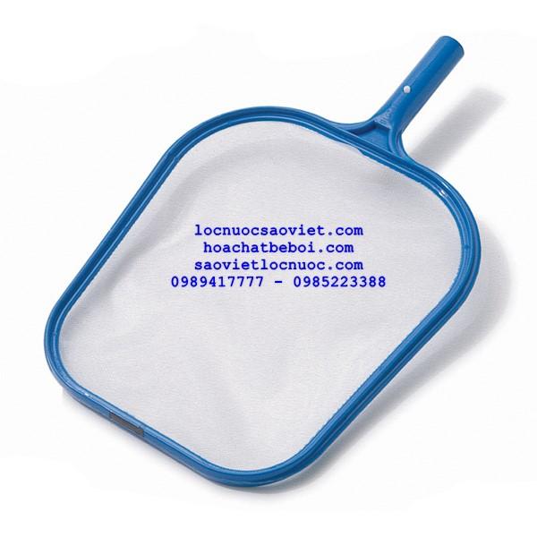 vợt rác bề mặt bể bơi